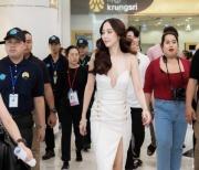 泰国不老女星Aump出席活动照美呆路人